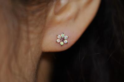 ピンクダイヤモンド × ミルキーオパール