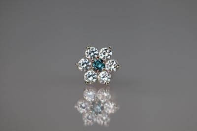 オーシャンブルーダイヤモンド × キュービックジルコニア