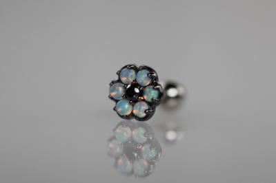ブラックダイヤモンド × 天然ミルキーオパール