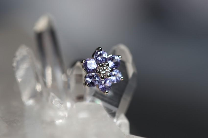 ダイヤモンド × タンザナイト
