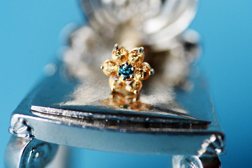 オーシャンブルーダイヤモンド × ハニーイエロートパーズ