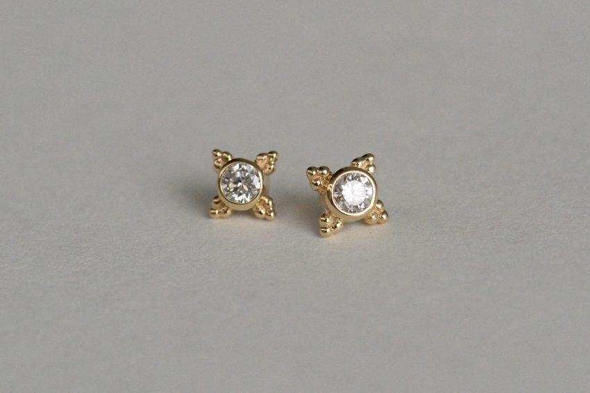 ダイヤモンド VS