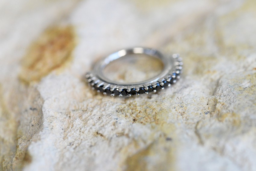 Telesto Hinge Ring